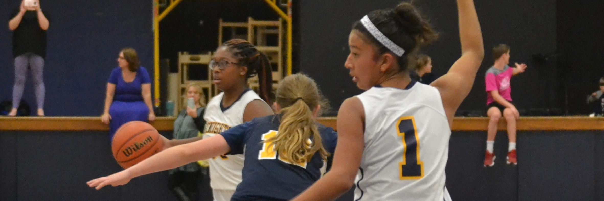 girls basketball game